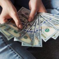 Vrouwelijke freelancers verdienen minder